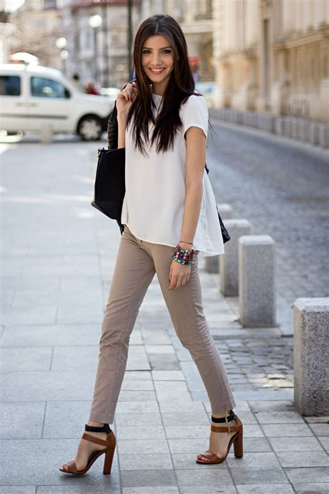How to Dress Up for Job Interview? 10 Best Outfits for Women