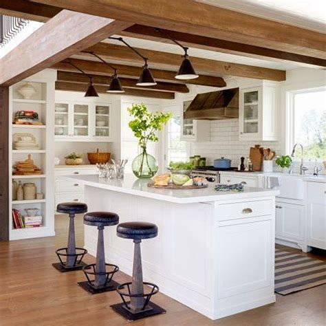 Flower Decoration Ideas For Kitchen by 36 Inviting Kitchen Designs With Exposed Wooden Beams