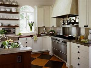 Country kitchen cabinets pictures ideas tips from hgtv for Kitchen cabinet trends 2018 combined with wood wall art for sale