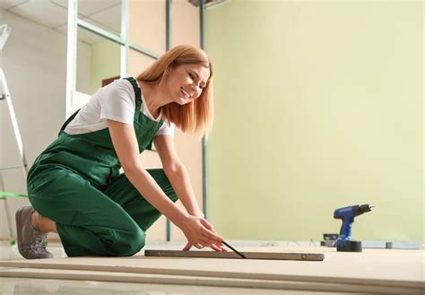 A Woman's Guide to Home Repairs