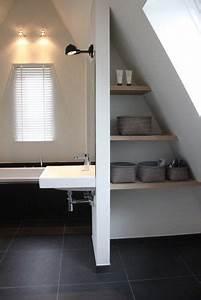 Große Fliesen Kleines Bad : gro e schwarze matte fliesen in einem kleinen bad sch n bad pinterest schwarz matt ~ Sanjose-hotels-ca.com Haus und Dekorationen