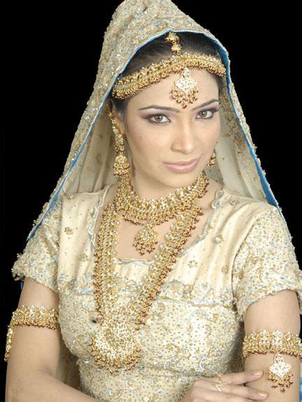 white pakistani wedding dresses asheclubblogspotcom