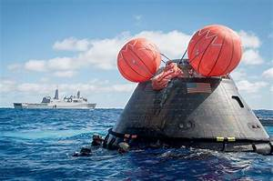 NASA Images of Splashdown - Pics about space