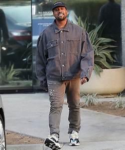SPOTTED Kanye West In Double Denim YEEZY u0026 Helmut Lang Jeans u2013 PAUSE Online   Menu0026#39;s Fashion ...