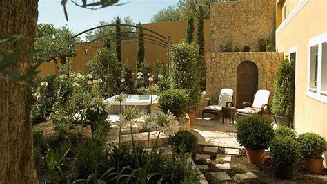 luxury hotel in provence bastide st antoine