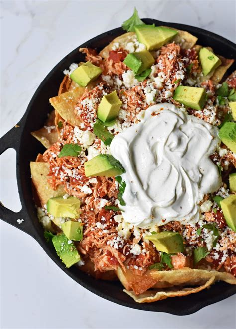 chilaquiles chicken mexican easy fresh chipotle cheese chips tortilla tender recipe avocado modernhoney cilantro crema spiced meal