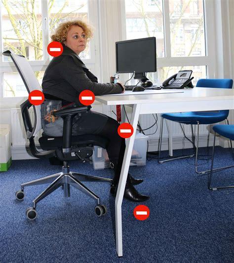 chaise bureau ergonomique ergonomie bureau 1000 ideas about ergonomie bureau on