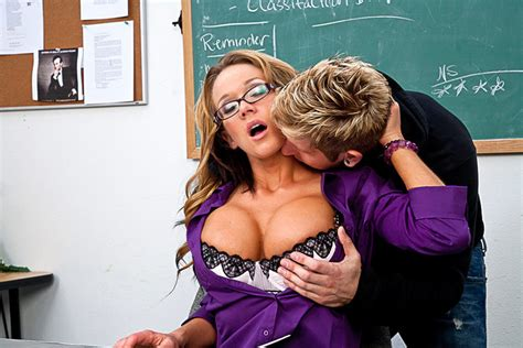 Nikki Sexx And Danny Wylde In My First Sex Teacher Busty