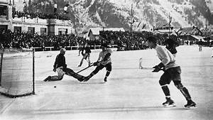 U.S. vs Canada ice hockey game during the 1924 Winter ...