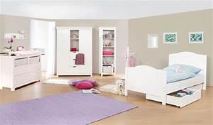 Chambre Enfant Blanc : chambre d 39 enfant nina avec commode large en massif lasur e blanc ~ Teatrodelosmanantiales.com Idées de Décoration