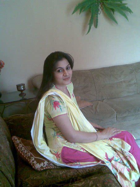 Facebook Desi Girls