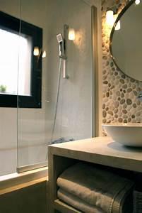 decoration salle de bain avec des galets With galets pour salle de bain