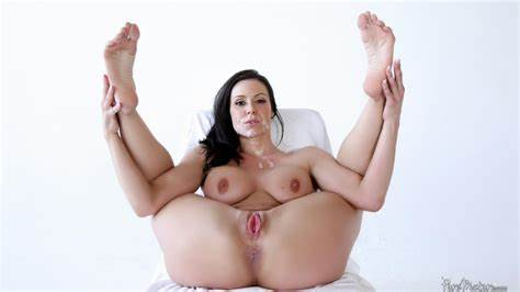 Babes Four Fun With Body Kendra Lust