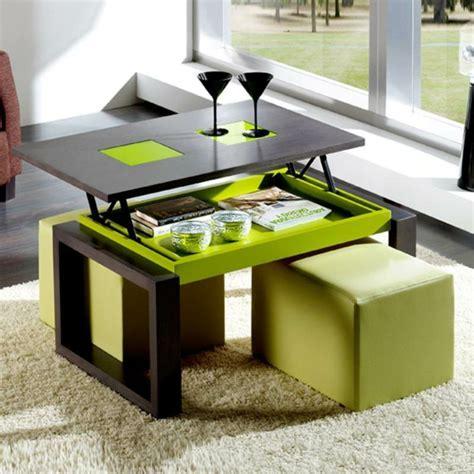 table basse avec plateau relevable la table basse avec plateau relevable se soigne de vos activit 233 s diff 233 rentes archzine fr
