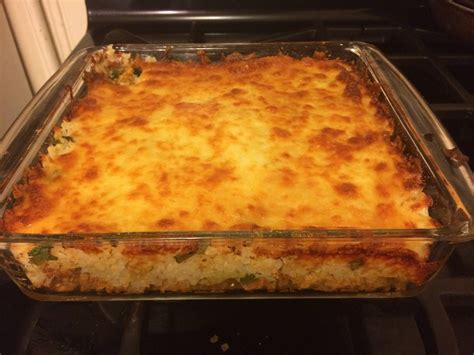 This selection of ground turkey recipes will enable you to enjoy a hearty and tasty dinner tonight without worrying about excessive fat and cholesterol. Ground Turkey, Cauliflower and Cheese Casserole : ketorecipes