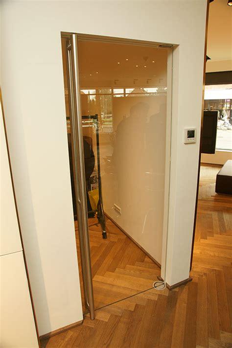 Dorma-Visur-pendeldeur-glazen-deur-van-glas,-RVS ...
