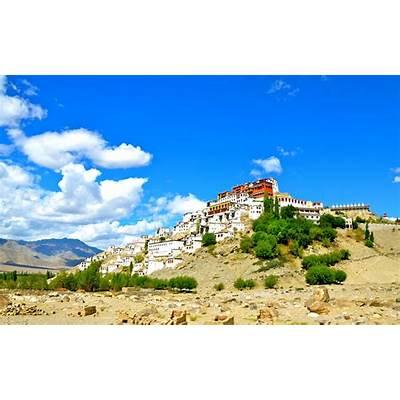 File:Thiksey Monastery Leh (Thikse Gompa).jpg - Wikimedia