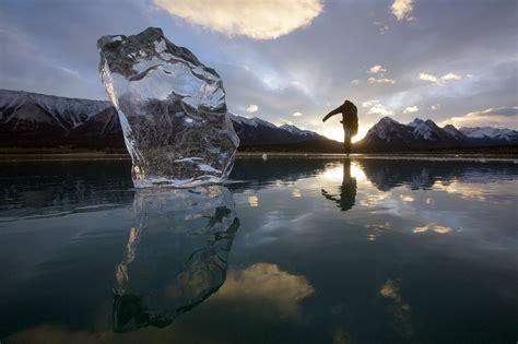 Walking on frozen bubbles