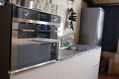 cuisine micro onde meuble cuisine micro onde meubles micro ondes et dessertes