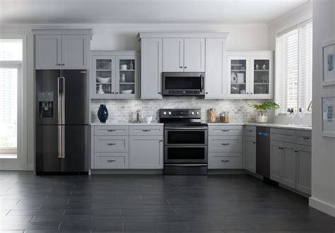Water On Floor Under Refrigerator by Stainless Steel Is Out Black Stainless Steel Is In