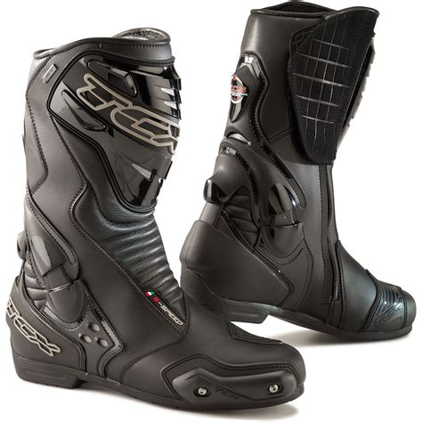 best motorcycle track boots best summer motorcycle boots visordown
