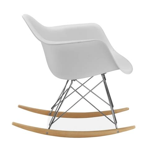 chaise a bascule design chaise à bascule rar style eames secret design