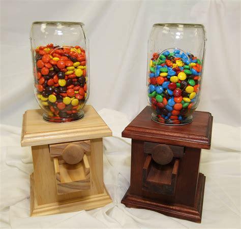 wood candy dispenser plans diy    quarter
