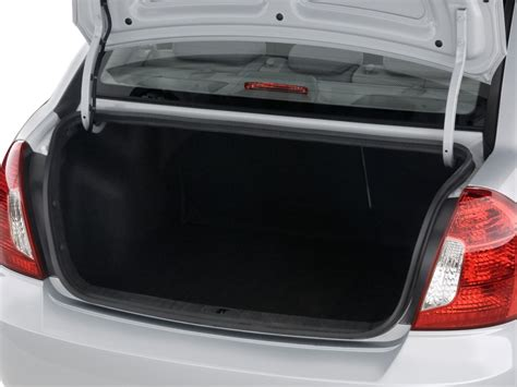 Hyundai Accent Trunk Space by Image 2010 Hyundai Accent 4 Door Sedan Auto Gls Trunk