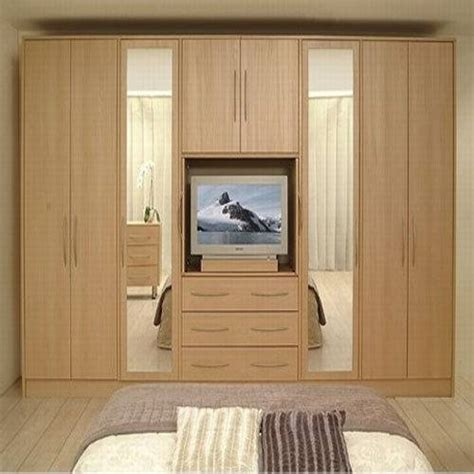 Bedroom Cupboard Designs For Small Rooms by Cupboards For Small Rooms The Interior Design