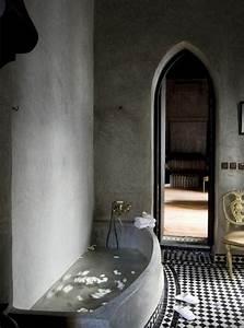 Design d39interieur avec meubles exotiques 80 idee for Salle de bain design avec décoration mariage antillais