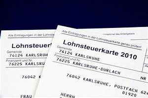 Steuern Sparen Heirat : steuerklasse nach der heirat w hlen worauf solltet ihr achten ~ Frokenaadalensverden.com Haus und Dekorationen