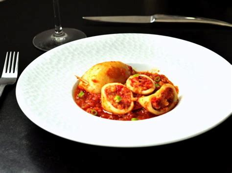 cuisine calamar calamars farcis à la portugaise recette recettes de cuisine cuisine et cuisine