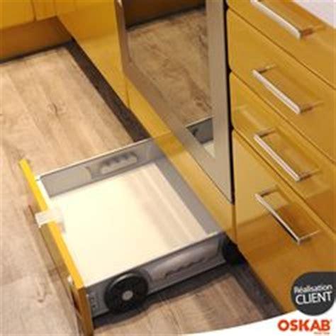 plinthe sous meuble cuisine tiroir sous plinthe 60cm delinia 25 euros tiroir de