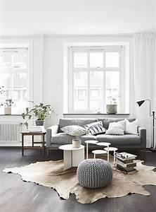 Wohnzimmer Scandi Style : d co scandinave 5 l ments essentiels pour cr er un salon scandinave ~ Frokenaadalensverden.com Haus und Dekorationen
