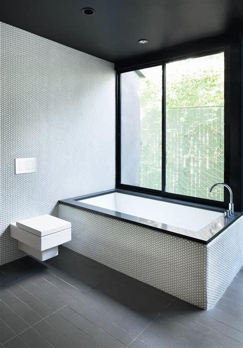 minimalist bathroom  los angeles dwell