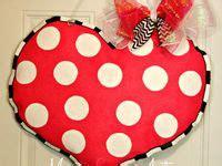 wooden door hangers valentines day images  pinterest valentine day crafts
