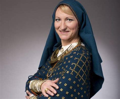 Melbārde lepojas ar arheoloģisku tautastērpu, ko rotā 5600 ...
