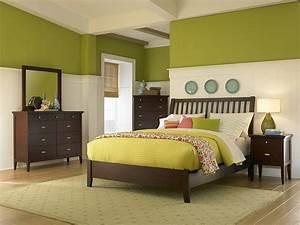 Wand Streichen Ideen Grün : zweifarbige wandgestaltung ideen und tipps f r stimmungsvolle w nde ~ Markanthonyermac.com Haus und Dekorationen