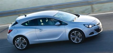 opel astra gtc 2014 opel rolls out astra gtc with new 1 6 cdti diesel engine