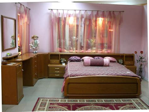 Home Design Classes by Simple Bedroom Design For Middle Class Family Home