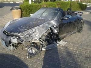 Porsche 911 Occasion Le Bon Coin : une porsche 911 turbo s cabriolet se crashe sharm el sheikh en egypte ~ Gottalentnigeria.com Avis de Voitures