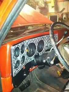 73 Chevy Diamond Plate Dash