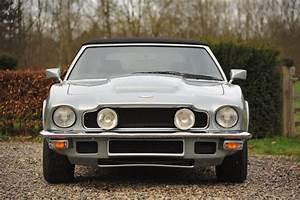 1980 Aston Martin V8 - Volante