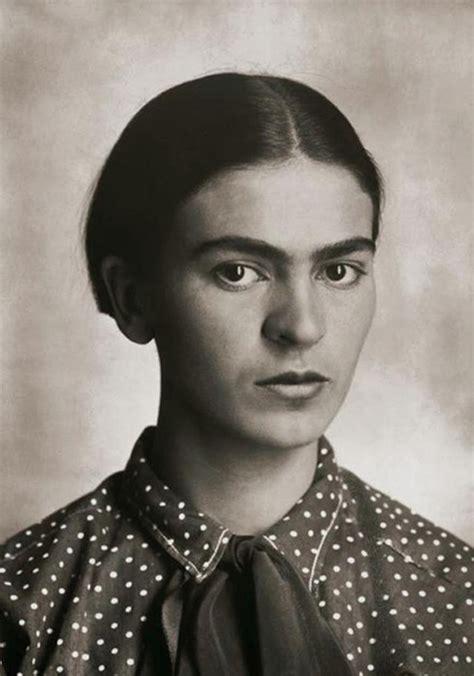 See Rare Photos Of Frida Kahlo As A Teen Dazed