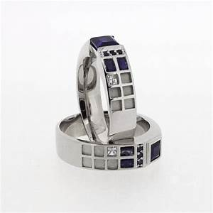 A fantastic tardis wedding ring for doctor who fans pic for Tardis wedding ring
