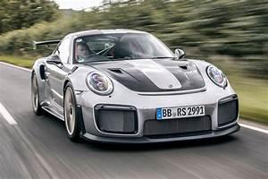 Porsche 911 Gt2 Rs 2017 : new porsche 911 gt2 rs 2017 review pictures auto express ~ Medecine-chirurgie-esthetiques.com Avis de Voitures