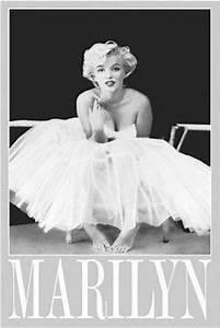 Marilyn Monroe Maße : marilyn monroe filmplakate pr sentiert von klang und kleid plakat kaufen versand schweiz ~ Orissabook.com Haus und Dekorationen