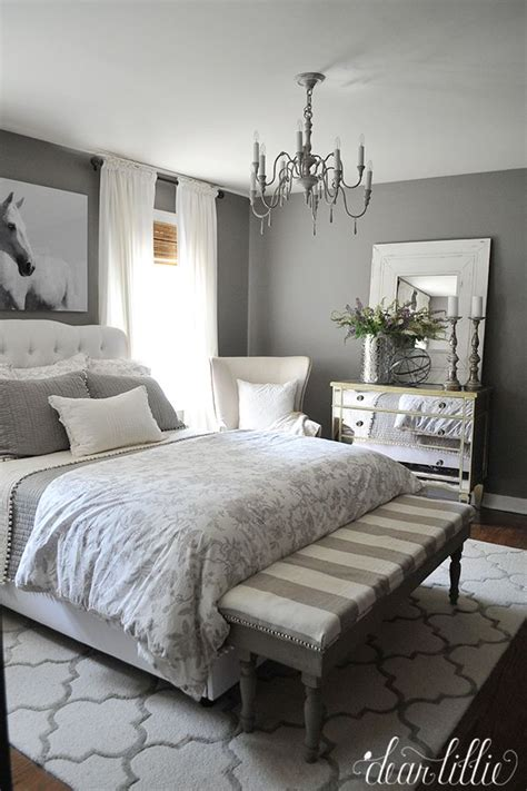 Decorating Ideas For Grey Bedroom by 1000 Ideas About Gray Gold Bedroom On Gold