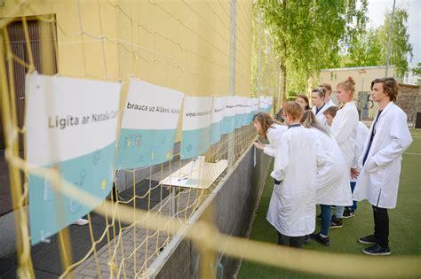 Palīgs skolotājiem - radoši uzdevumi jaunajiem ķīmiķiem ...