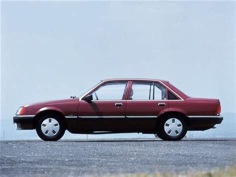 vauxhall colton vauxhall carlton viceroy classic car review honest john